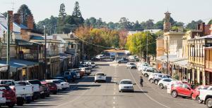 Photo of regional Australia Town centre street